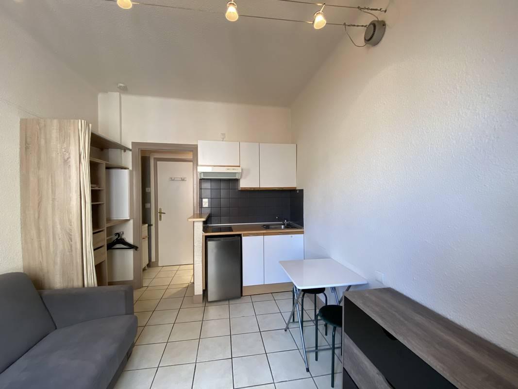 Location appartements montlu on studio meubl - Studio meuble clermont ferrand particulier ...